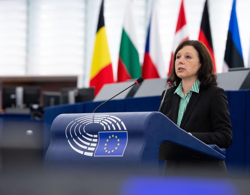 Strasbourgban vitáztak a magyarországi pedofiltörvényről